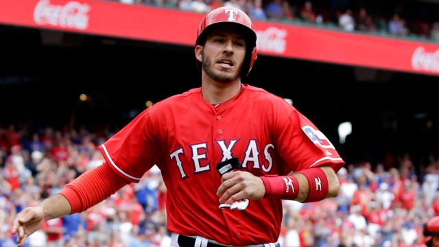 Rangers recall Arencibia for Blue Jays series