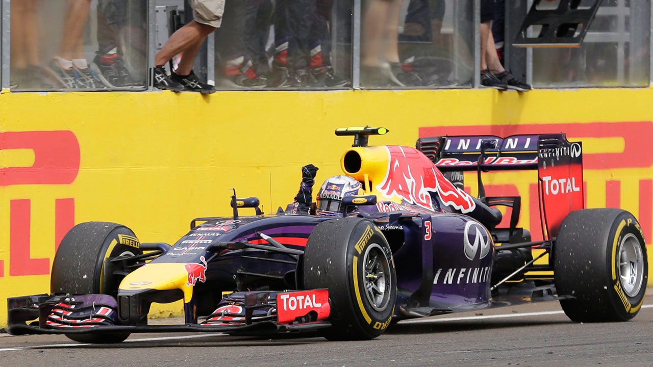 Ricciardo unleashes on Verstappen after F1 crash in Hungary
