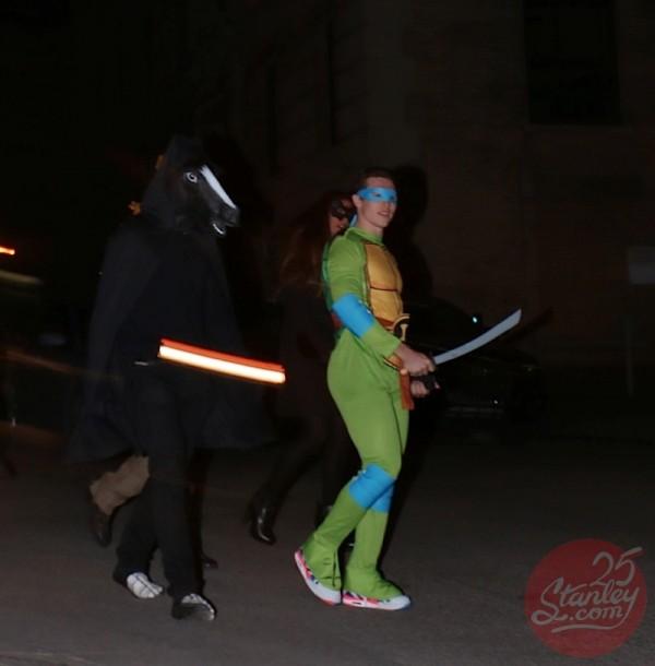 brendan-gallagher-halloween-600x610 & M.J. Subbanu0027s dead-on u0027Thrilleru0027 wins Halloween - Sportsnet.ca