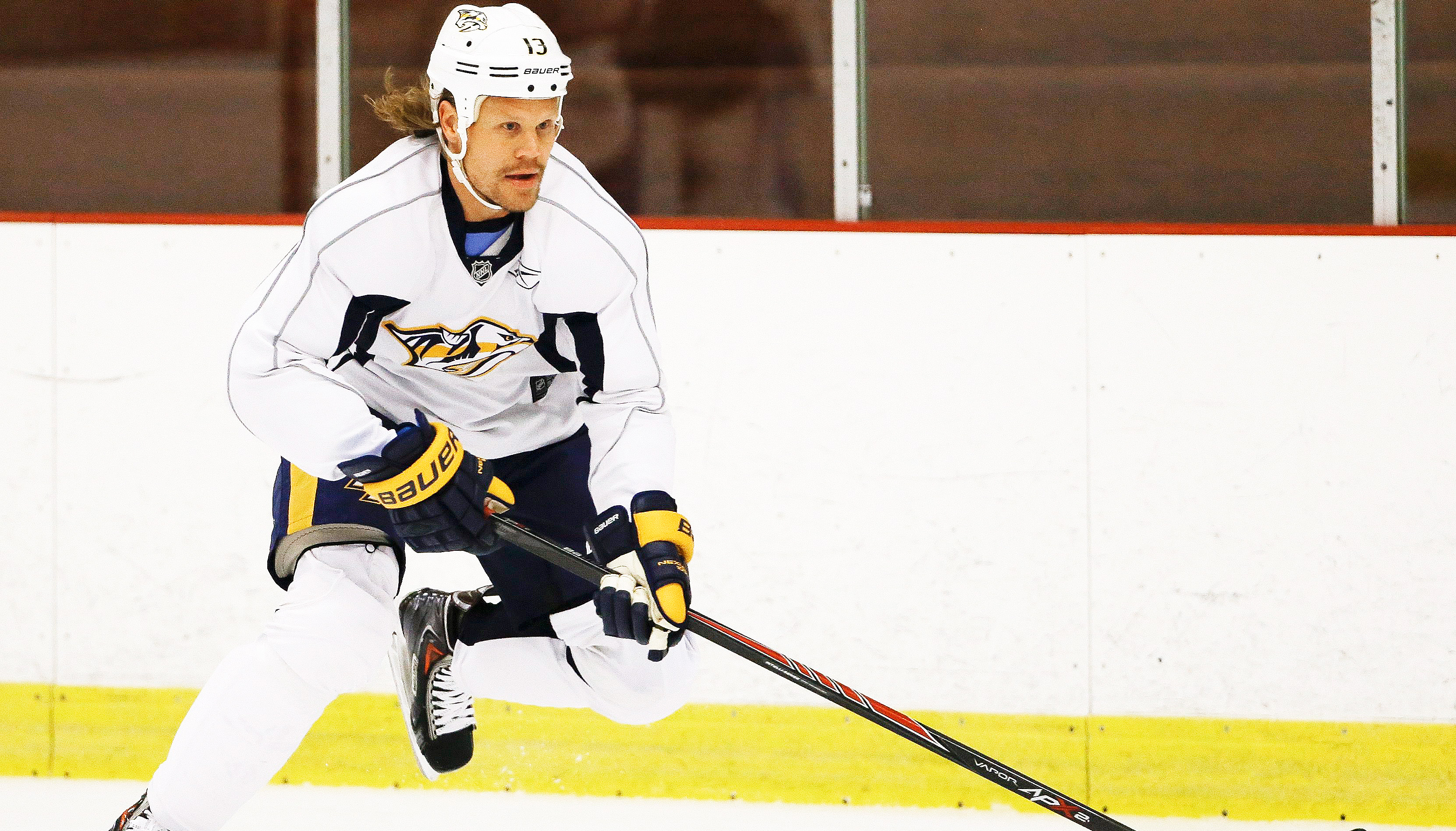 Why Maple Leafs' Jokinen cut 14 inches of hair - Sportsnet.ca