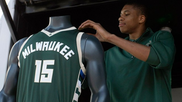 Image Result For Milwaukee Bucks Basketball Bucks News Scores Stats