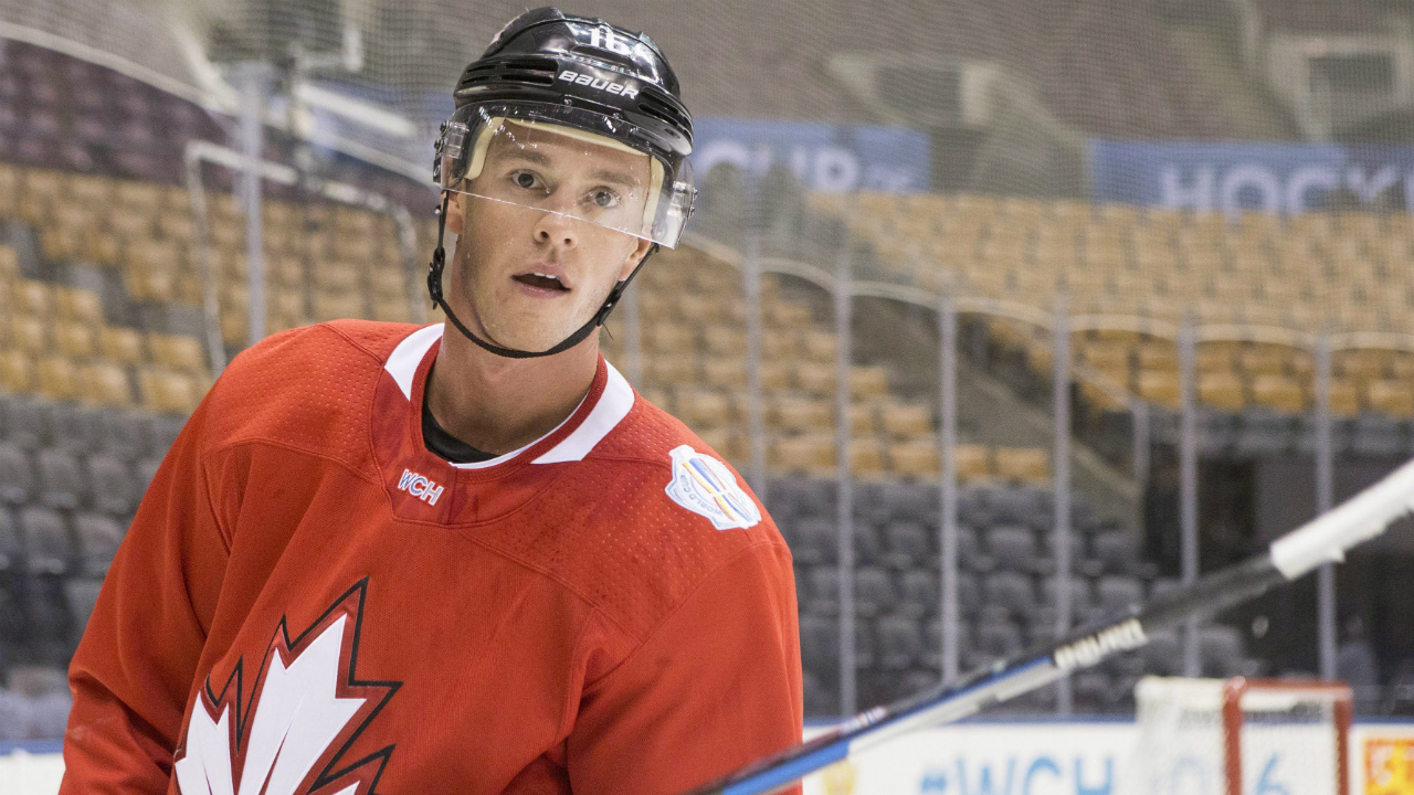 Jonathan-toews-1