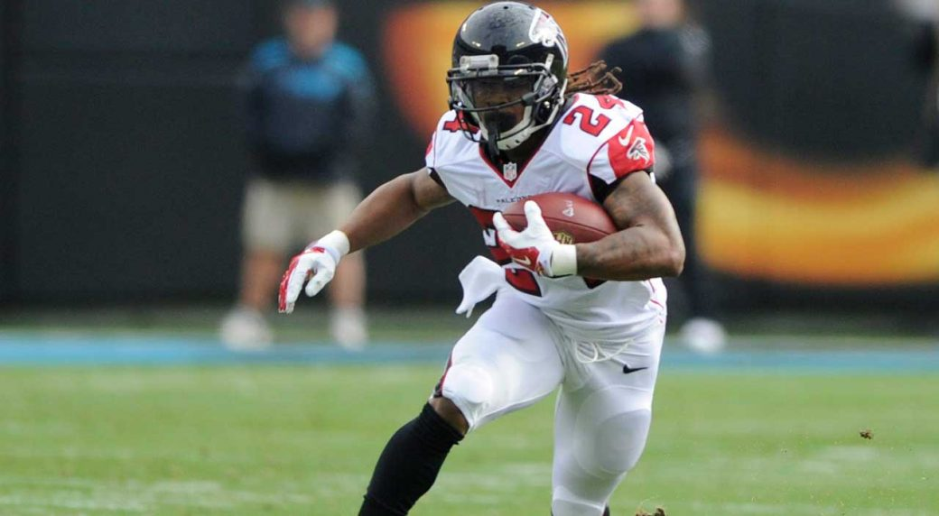 Falcons, Devonta Freeman agree on 5-year contract extension