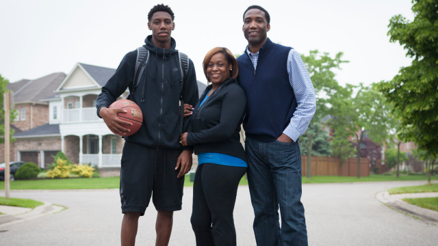 c9cbfbe0a08831 R.J. Barrett back home where education comes before basketball