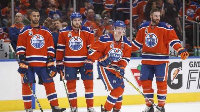 Bemused-bunch-of-oilers-640x360