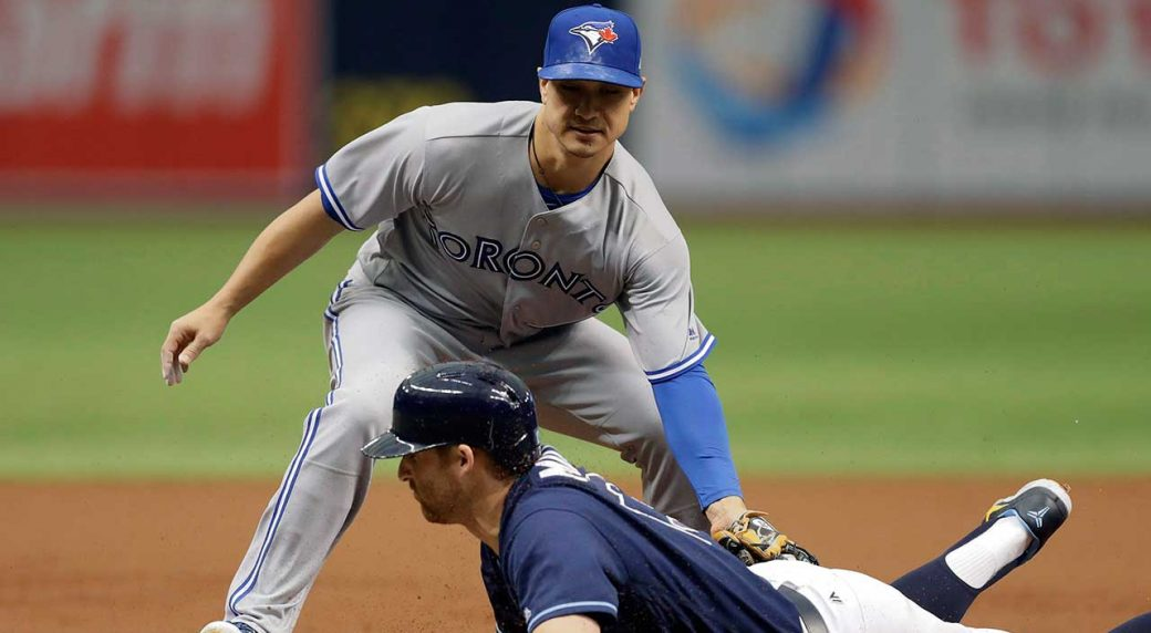 Blue Jays notebook: Toronto falls to Cubs in extra innings