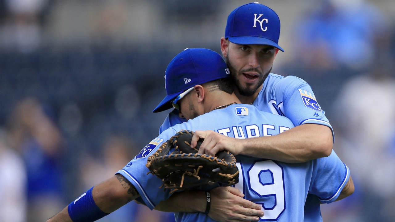 Royals-hug