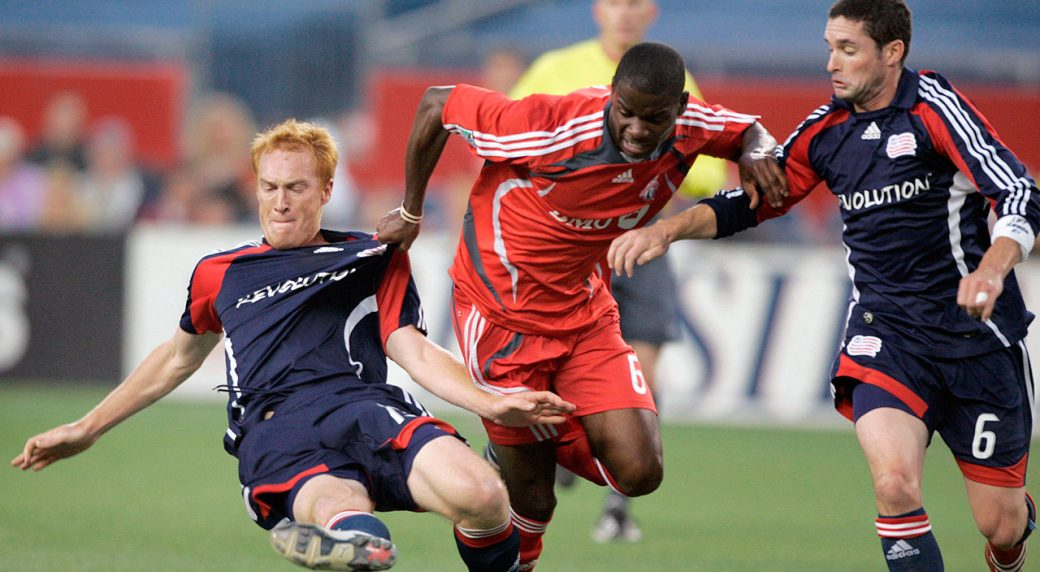 Revs beat Toronto FC 2-1, deny Shield-clinching opportunity