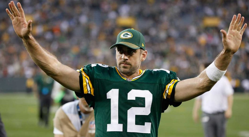 Aaron Rodgers Throws TD Pass Packers Top Steelers