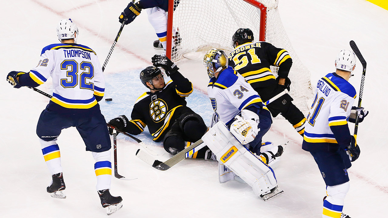 Blues_bruins_goalie_interference