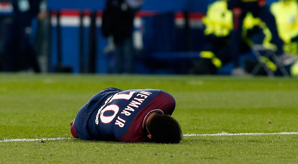 Brazil's Neymar sidelined with foot surgery
