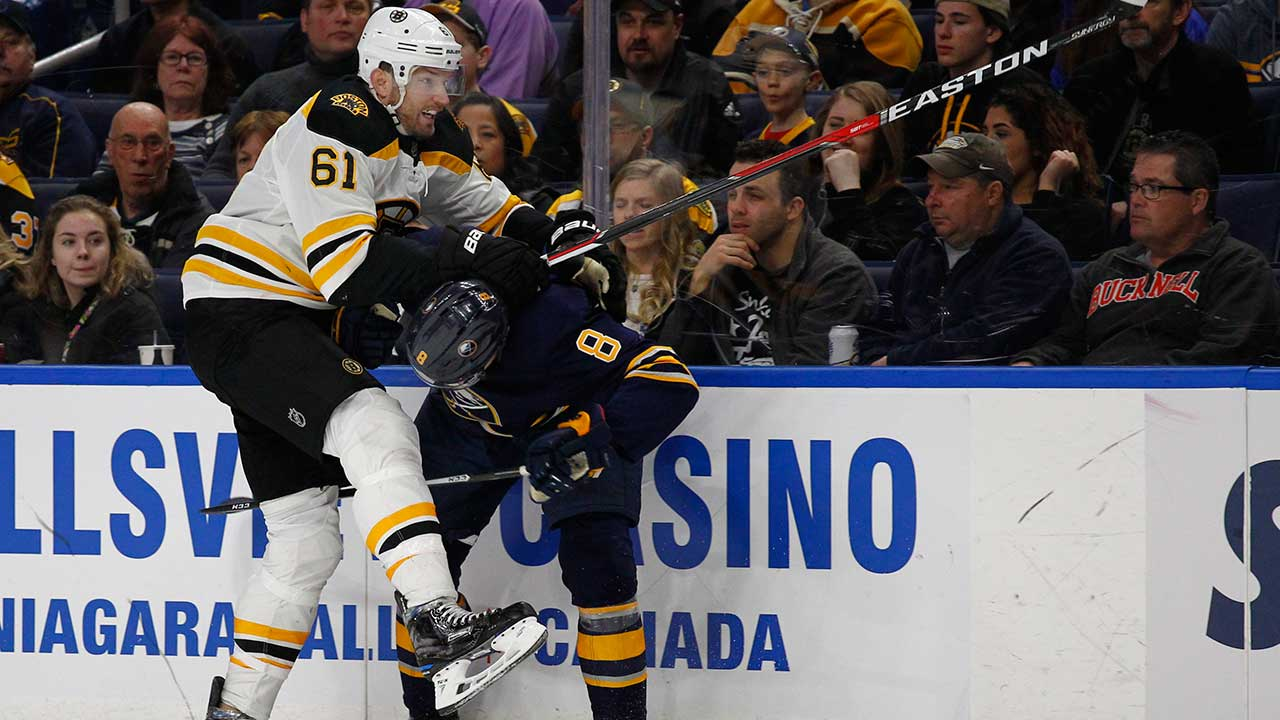 Sabres defeat Boston to spoil Rick Nash's Bruins debut