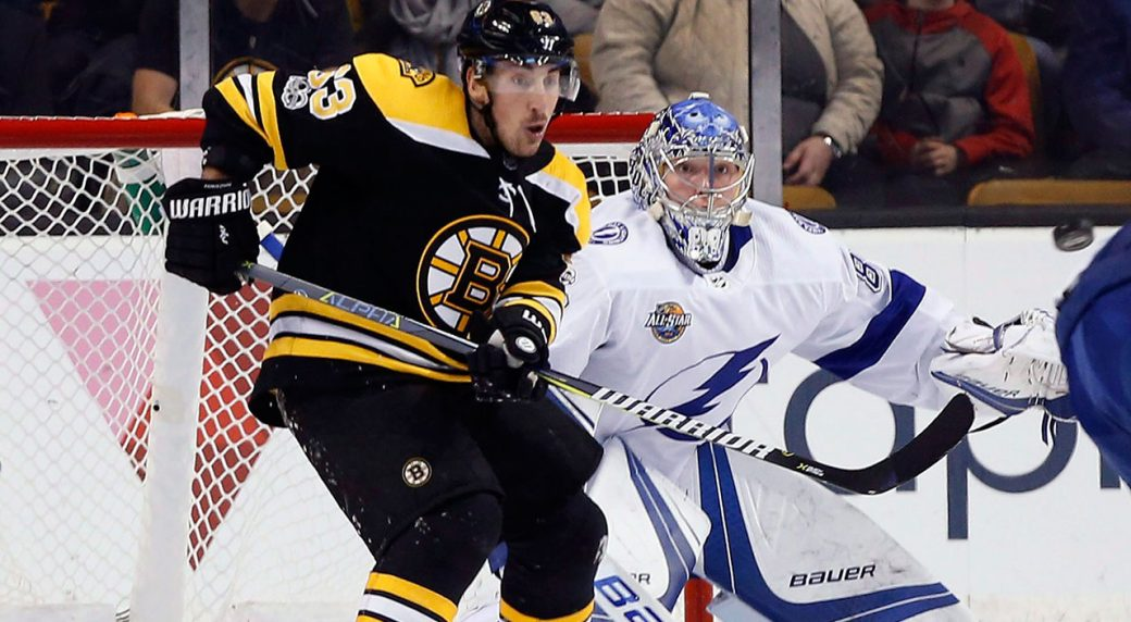Rask loses skate blade before Lightning goal in Game 1