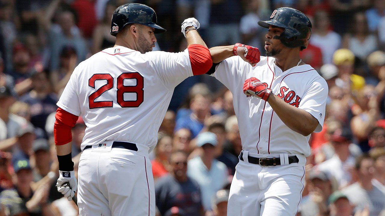 Jd_martinez_and_xander_bogaerts_celebrate