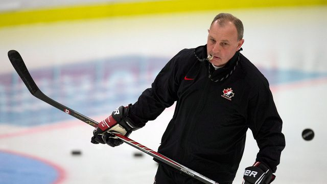Brent Sutter soaking up experience on Canucks fathers  trip e99dd85ab