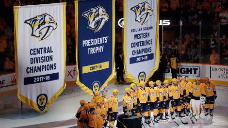 Nashville-predators-raise-banners-celebrating-previous-nhl-season-470x264