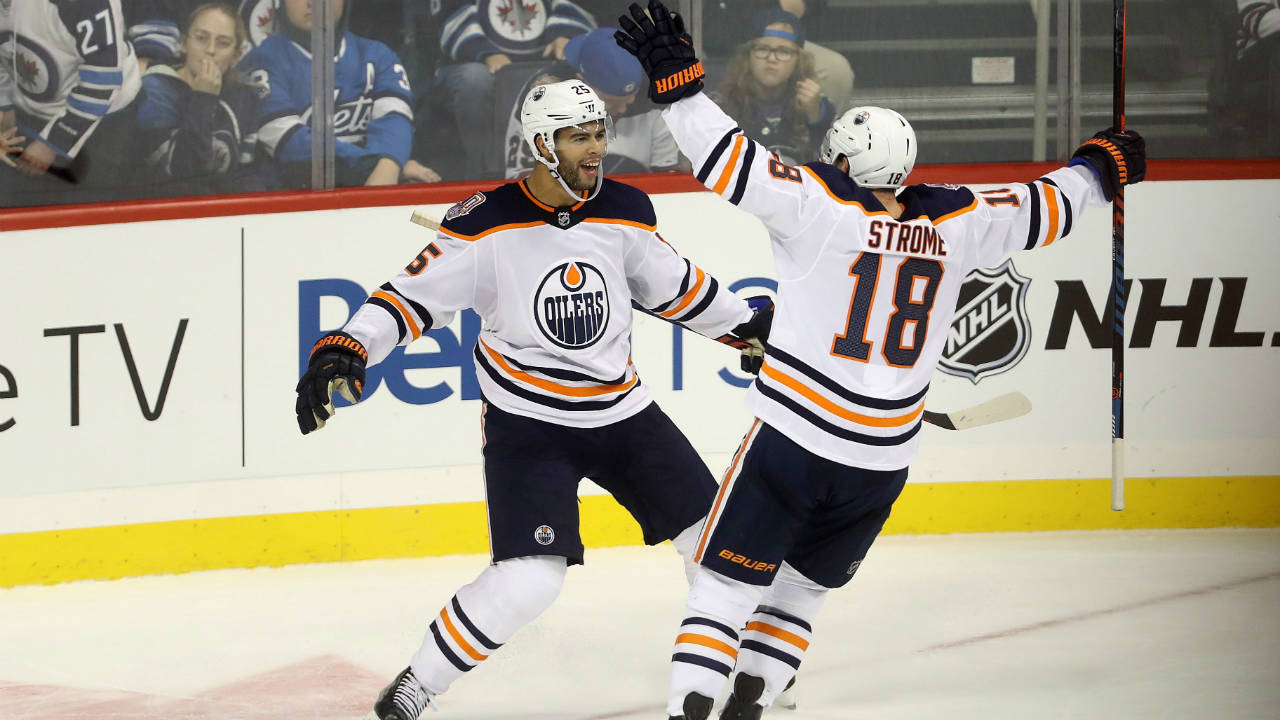 McDavid sets NHL record as Oilers rally to beat Jets